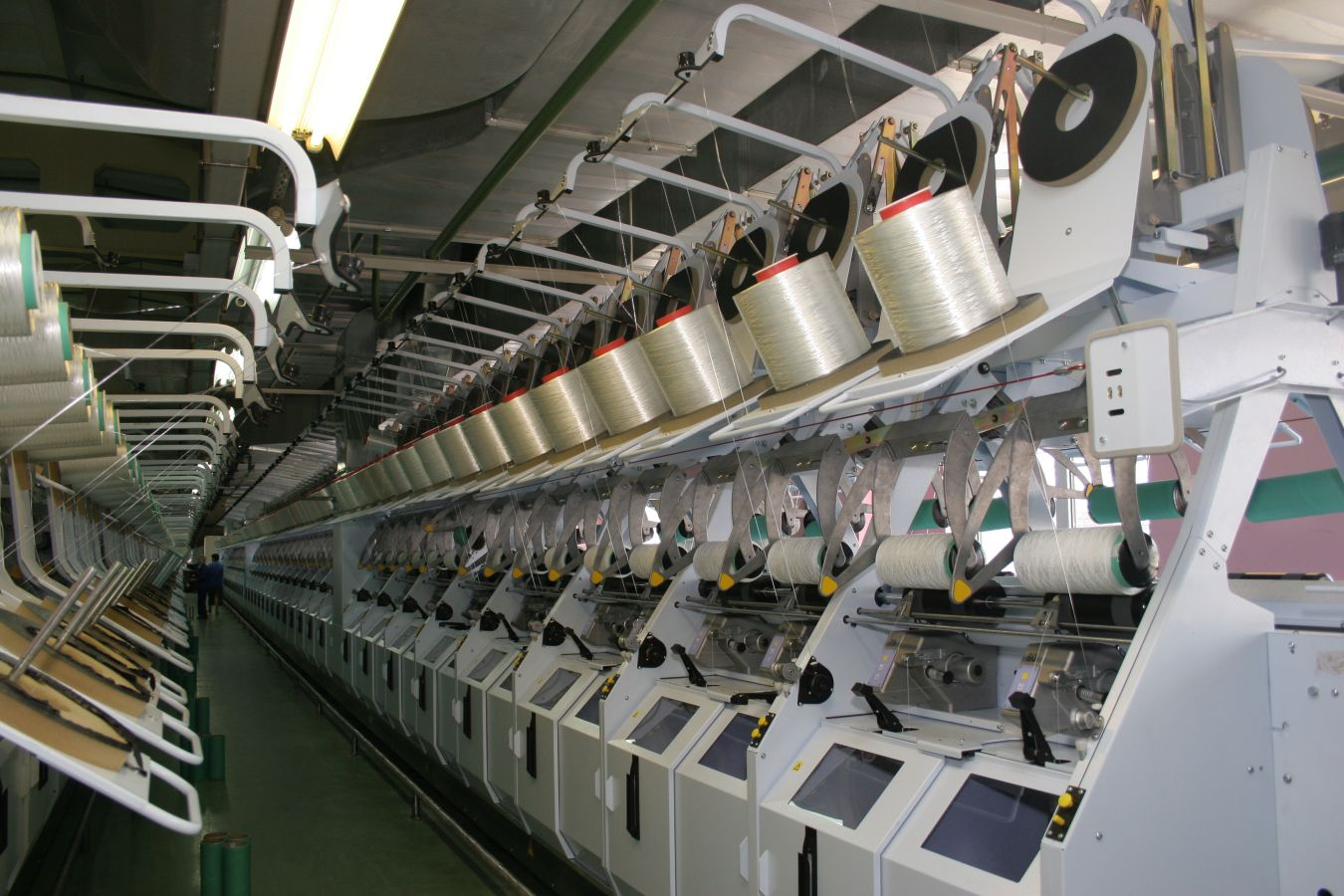 Commissioning of a high-tenacity industrial yarn and tyre cord fabric production line.